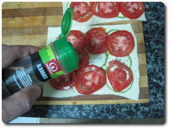 recetasbellas-hojaldre-verduras-queso-cabra-horno-26mar2015-08