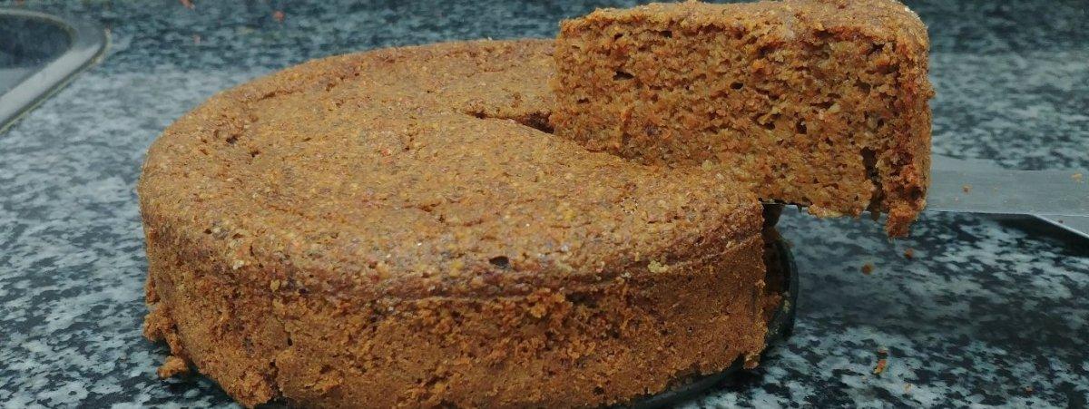 Bizcocho de zanahoria y nueces con harina integral de espelta